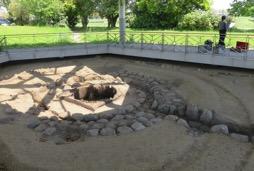 写真3 平城宮造酒司跡の復元井戸(2017年4月28日)